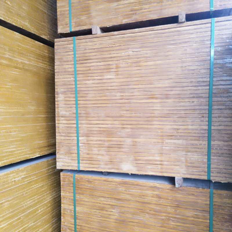 各种尺寸型号厚薄均匀竹胶砖机托板厂家常年批发订做